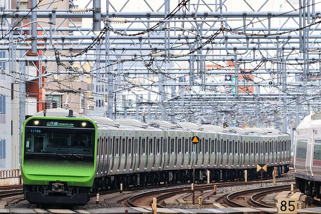 山手線新型E235系電車 by yagi-s from Flick